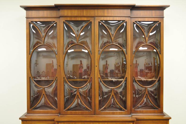Custom Georgian Style Bubble Glass Satinwood Inlaid Mahogany Breakfront Cabinet In Excellent Condition For Sale In Philadelphia, PA