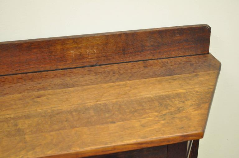 Rare Limbert One-Drawer Mission Oak Console Table with Backsplash, circa 1910 For Sale 2