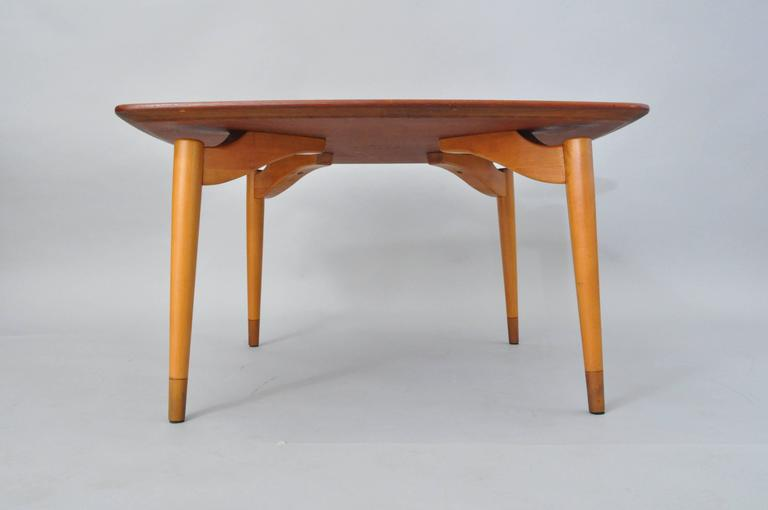 Mid-Century Danish Modern Teak Wood Grete Jalk P. Jeppesens Square Coffee Table For Sale 5