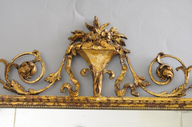 Carved Gold Giltwood and Gesso English Robert Adam Style Wall Mirror Rectangular In Good Condition For Sale In Philadelphia, PA