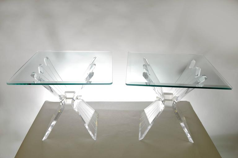 Pair of Lucite Butterfly Wing Glass End Table Hollywood Regency, Lion in Frost For Sale 3