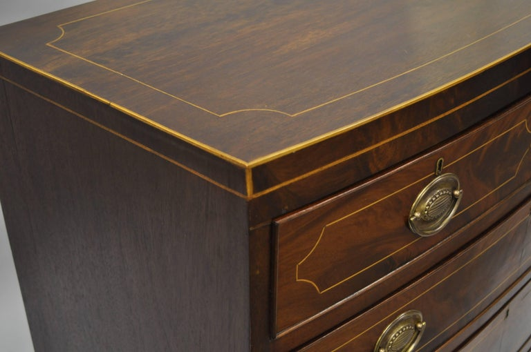 19th Century American Federal Crotch Mahogany Inlaid Five-Drawer Bachelor Chest or Dresser For Sale