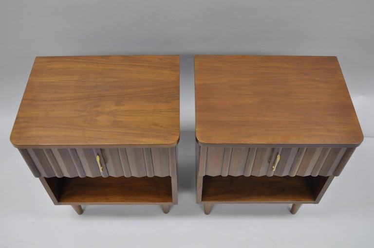 Pair Of Vintage Mid Century Modern Danish Walnut Nightstands Bedside End Tables