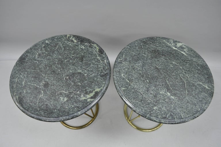 Hollywood Regency Pair of Brass Metal Faux Bamboo Round Green Marble-Top Lamp Side Tables For Sale