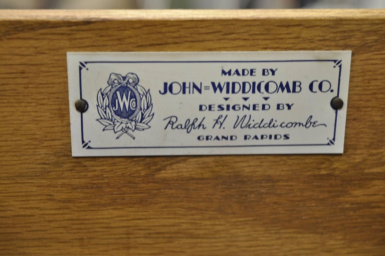 American John Widdicomb French Country Provincial Louis XV Cherry Commode Bachelor Chest For Sale
