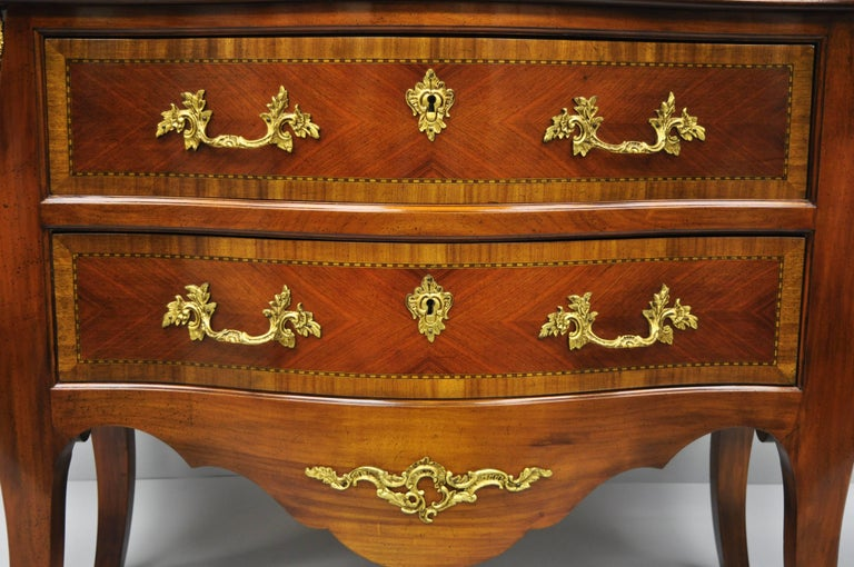 Pair of French Louis XV Style Bombe Commode Banded Top Chest of Drawers In Good Condition For Sale In Philadelphia, PA