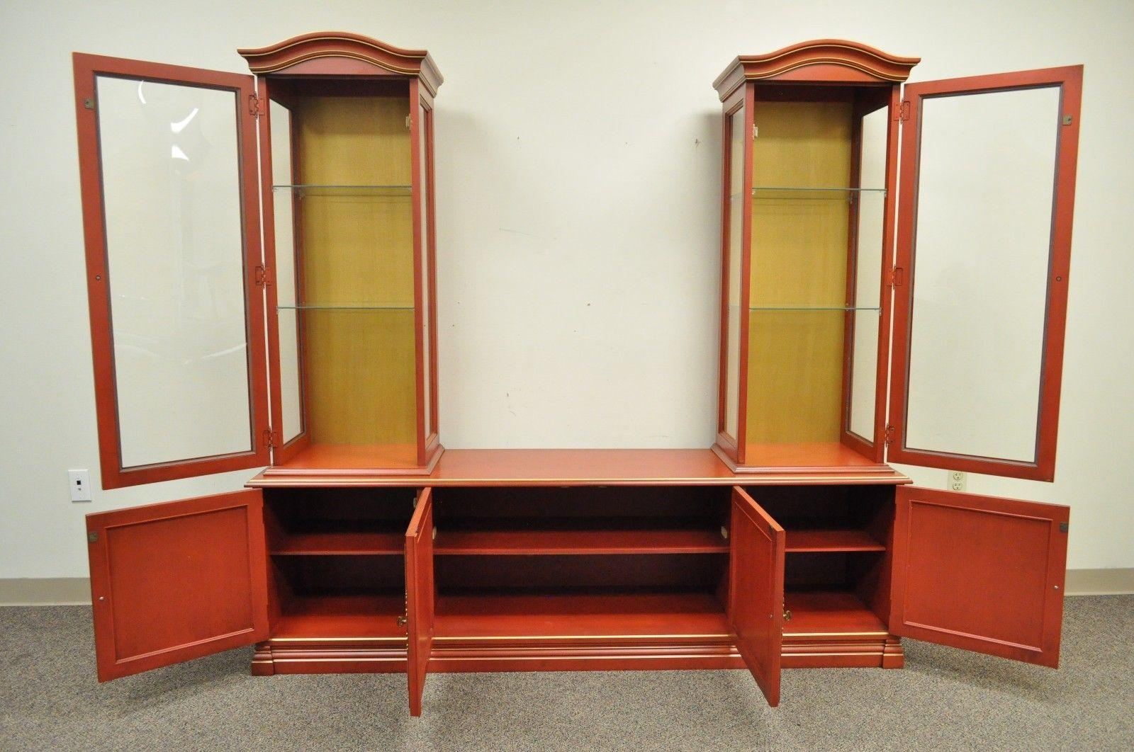 American Vintage Jasper Oriental Chinoiserie Red Display China Cabinet Curio  Credenza For Sale