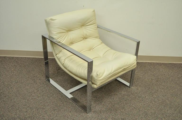 American Mid Century Modern Chrome Flat Bar Lounge or Club Chair after Milo Baughman For Sale