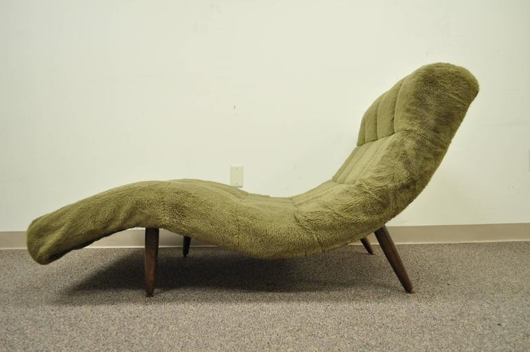 Mid Century Modern Double Wide Green Wave Chaise Lounge attr to  Adrian Pearsall For Sale 2