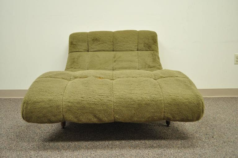 20th Century Mid Century Modern Double Wide Green Wave Chaise Lounge attr to  Adrian Pearsall For Sale