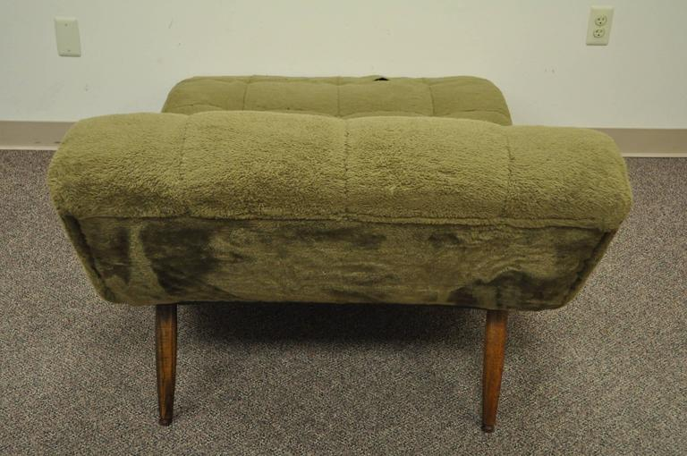 Walnut Mid Century Modern Double Wide Green Wave Chaise Lounge attr to  Adrian Pearsall For Sale