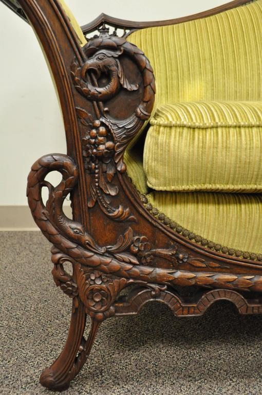 1930s Mahogany Chinese Chippendale Transitional Swan and Serpent Carved Sofa In Good Condition For Sale In Philadelphia, PA
