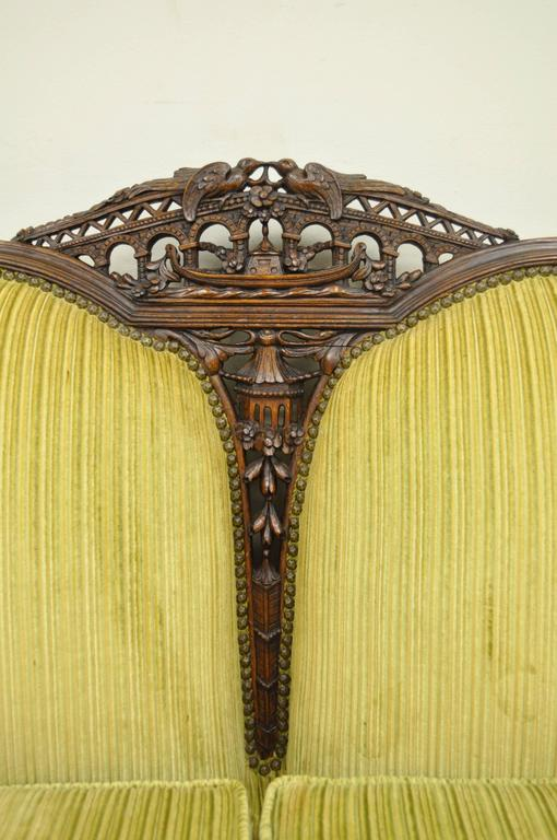European 1930s Mahogany Chinese Chippendale Transitional Swan and Serpent Carved Sofa For Sale