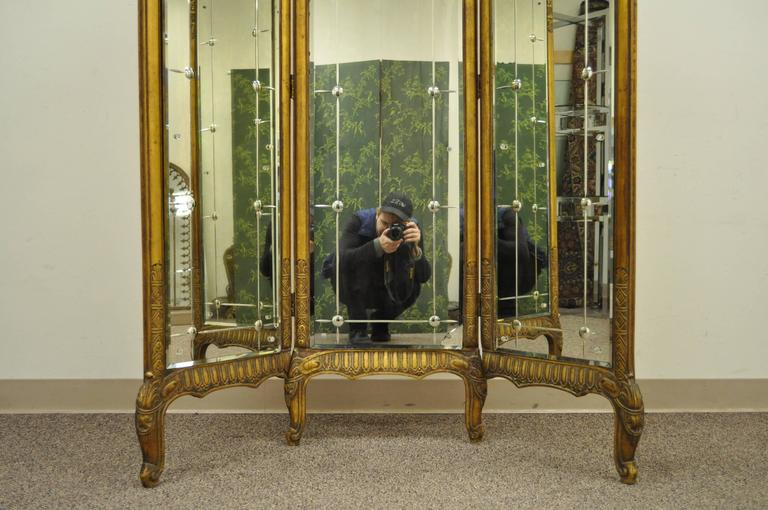 French Louis XV Style Three Section Gold Gilt Wood Mirror Screen or Room Divider In Good Condition For Sale In Philadelphia, PA