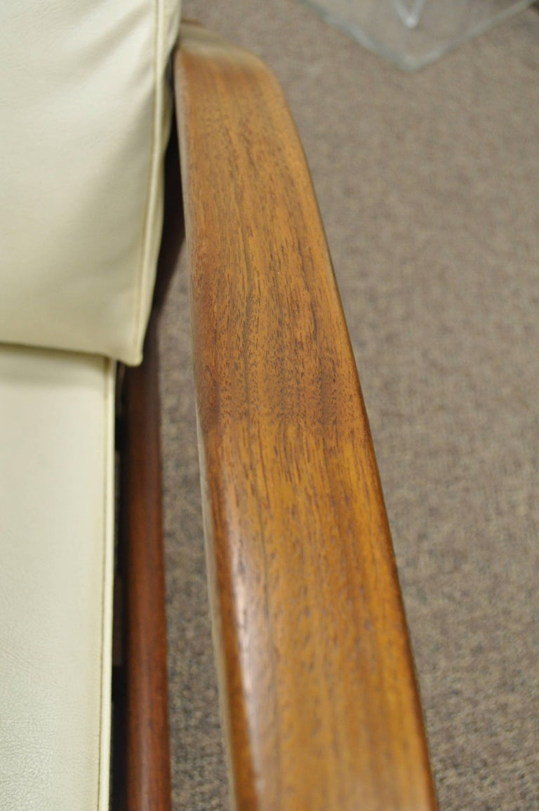 Milo Baughman for James Inc Thayer Coggin Sculpted Walnut Recliner Lounge Chair For Sale 1