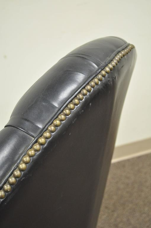 Mid-20th Century Vintage Deep Tufted Black Leather English Chesterfield Style Office Desk Chair For Sale