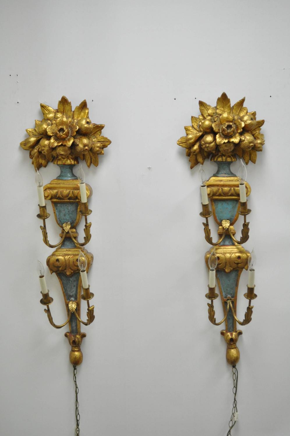 Pair of 1950s Carved Giltwood Italian Style Four-Light Wall Sconces by Masa For Sale at 1stdibs