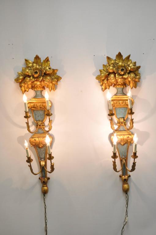Hollywood Regency Pair 1950s Flower Carved Giltwood Italian Style Four Light Wall Sconces by Masa