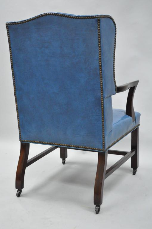 Mid-20th Century Blue Leather Office Desk Chair on Casters After Edward Wormley For Sale 4