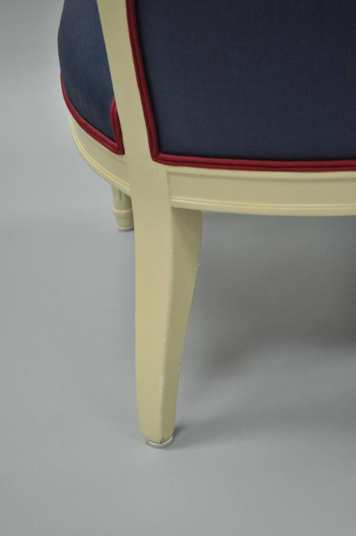 Pair of Vintage French Hollywood Regency Cream Lacquered Blue Lounge Chairs For Sale 2