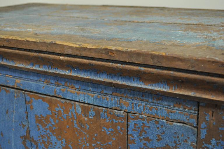 Antique Blue Distress Painted PA Rustic Primitive Jelly Cupboard Kitchen Cabinet In Distressed Condition For Sale In Philadelphia, PA