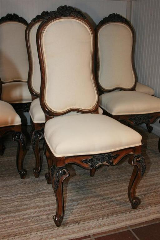 Genial Wonderful Set Of 8 Vintage Custom Quality Upholstered Dining Chairs In The Baroque  Style Having The