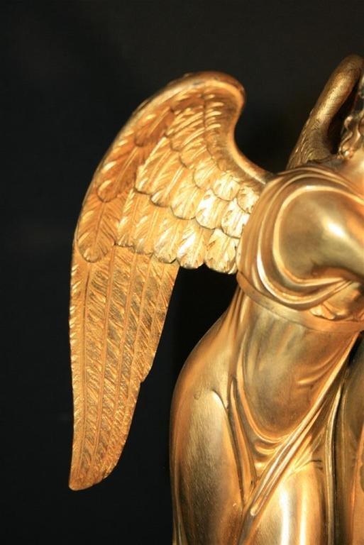 19th Century French Empire Gilt Dore Bronze Figural Amour & Psyche Mantel Clock For Sale 2