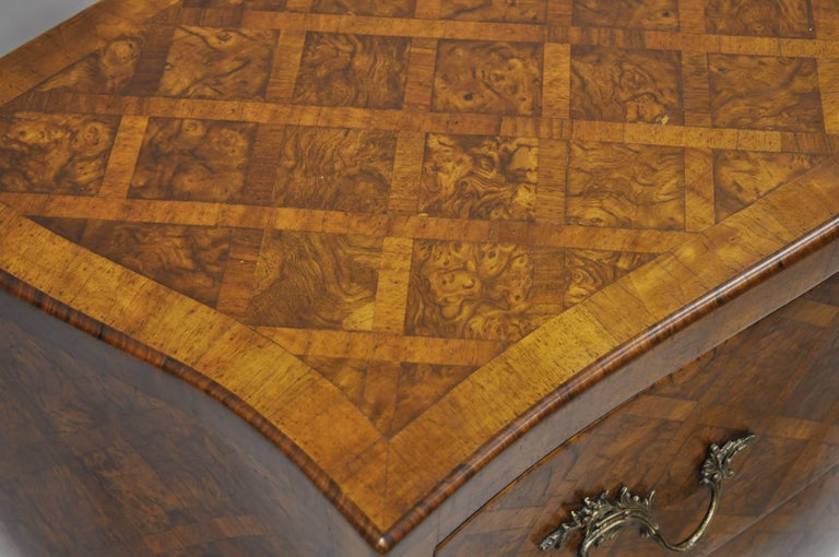 Italian Bombe Commode Chest Parquetry Inlaid French Louis XV Style In Good Condition For Sale In Philadelphia, PA