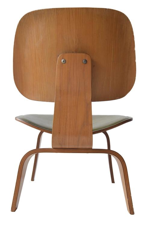 American Charles Eames Leather LCW for Herman Miller, 1949 For Sale