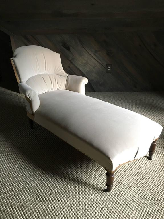 antique french napoleon iii chaise longue at 1stdibs. Black Bedroom Furniture Sets. Home Design Ideas