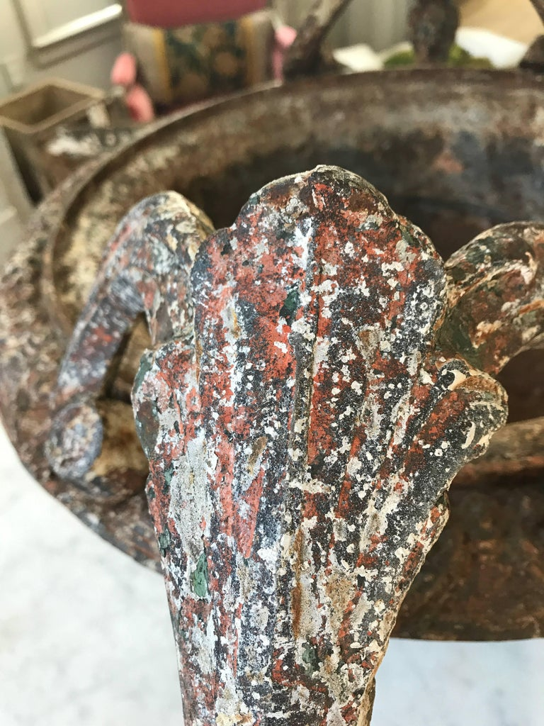 Antique French Cast Iron Urns In Good Condition For Sale In Nashville, TN