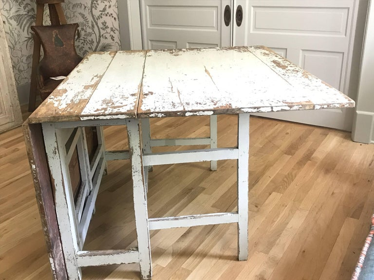 Painted Swedish Drop-Leaf Slagbord Dining Table For Sale