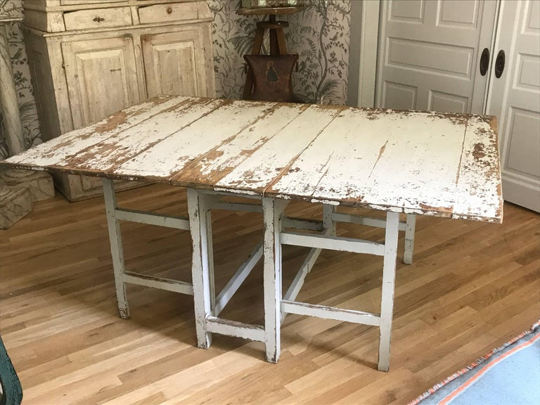 Mid-19th Century Swedish Drop-Leaf Slagbord Dining Table For Sale