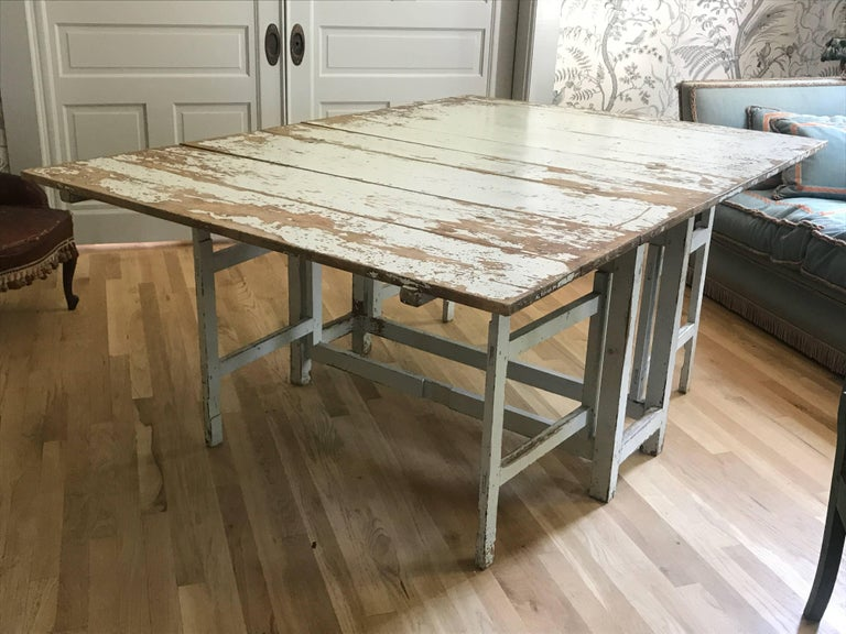 Swedish Drop-Leaf Slagbord Dining Table For Sale 2