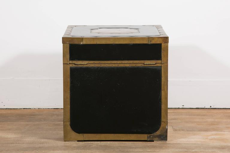 Attractive Pair of Leather and Brass Trunk Tables For Sale 1