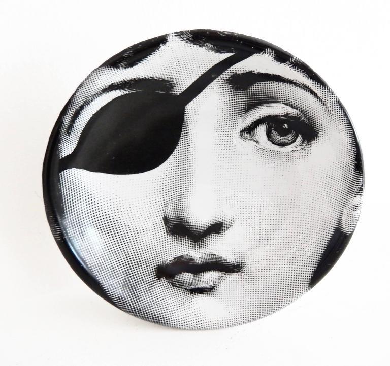 Modern Fornasetti Ceramic Dish with Cavalieri Portrait For Sale