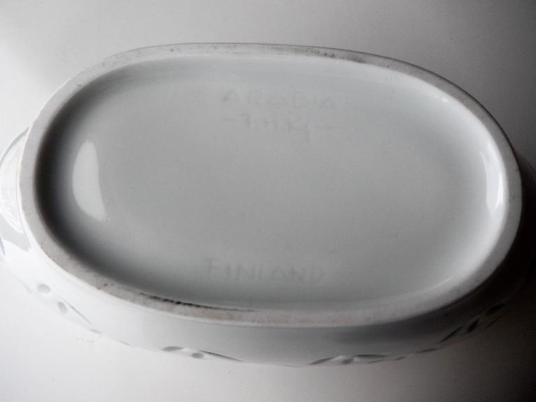 Mid-20th Century Modern Porcelain Bowl for Arabia by Friedl Holzer Kjellberg For Sale