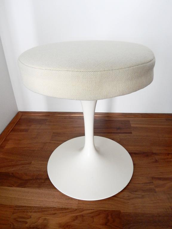 Eero Saarinen, Tulip Stool for Knoll, 1970s 4