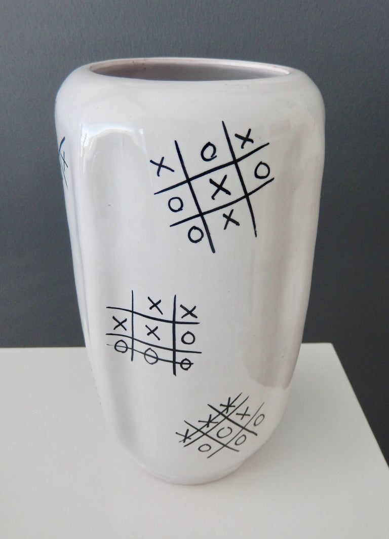 "Mid-Century Modern Modern Ed Langbein Ceramic ""Tic-Tac Toe"" Vase, 1940s For Sale"