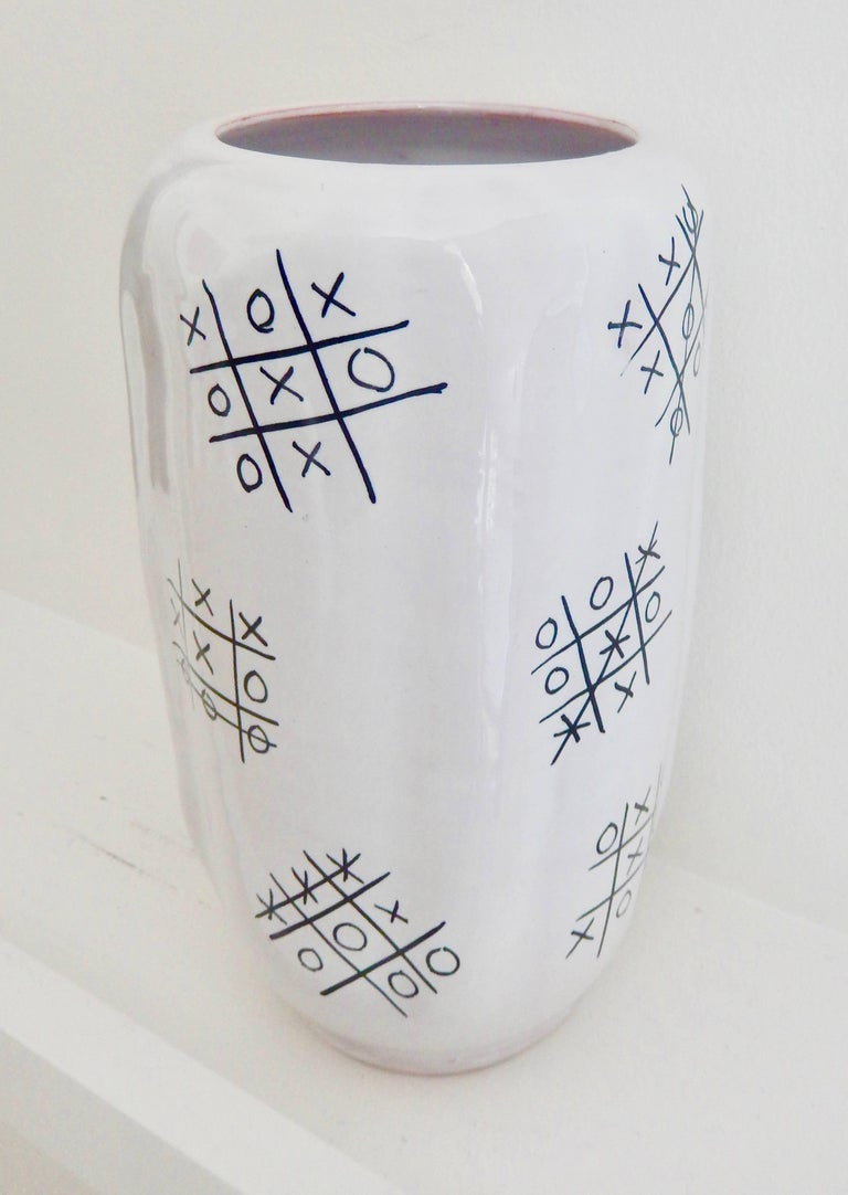 "American Modern Ed Langbein Ceramic ""Tic-Tac Toe"" Vase, 1940s For Sale"