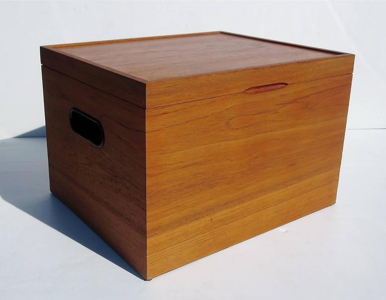 Charmant Danish Modern Teak Rare File Cabinet Box By Poul Hundevad