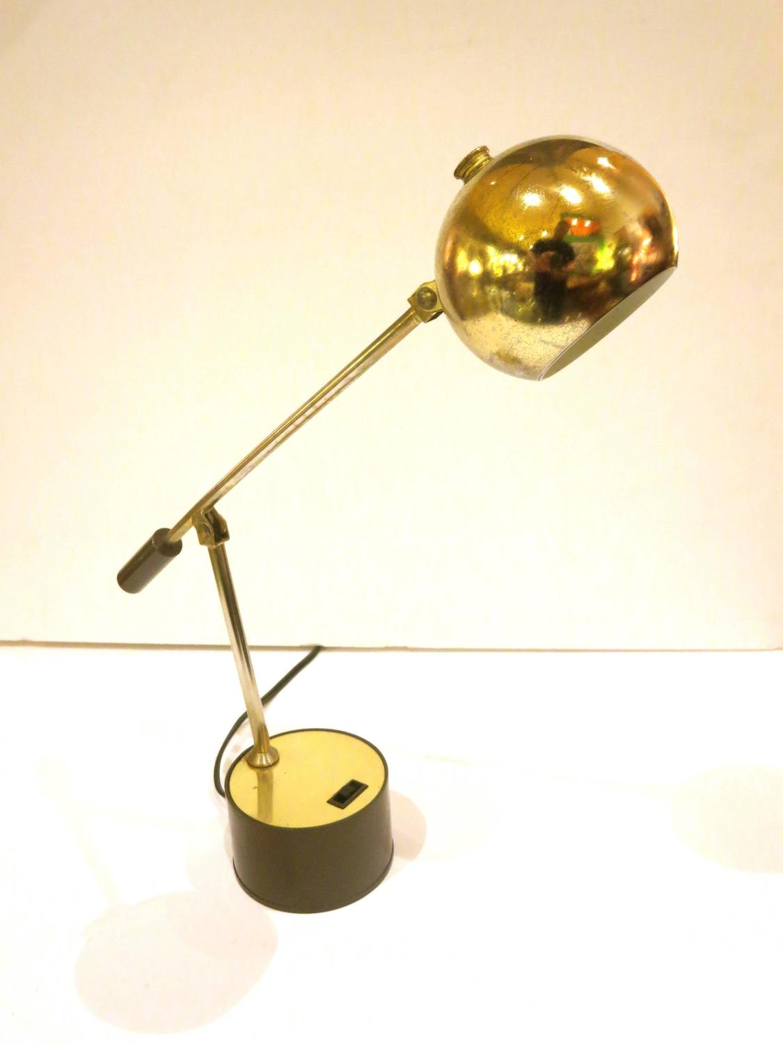 1960s American Modern Small Desk Table Lamp in Brass at 1stdibs