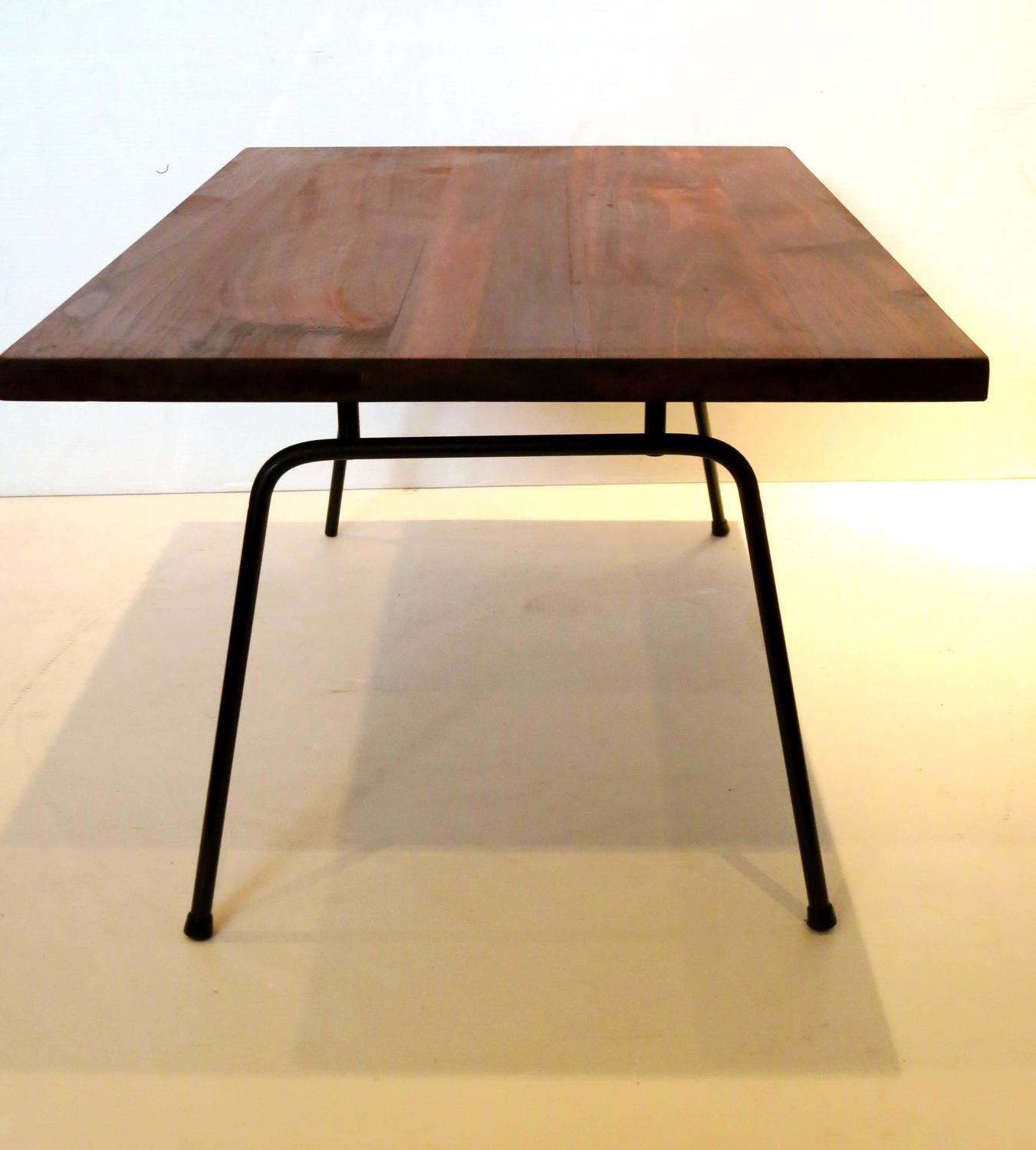 1950s Solid American Modern Walnut Atomic Age Small Coffee Table For Sale At 1stdibs