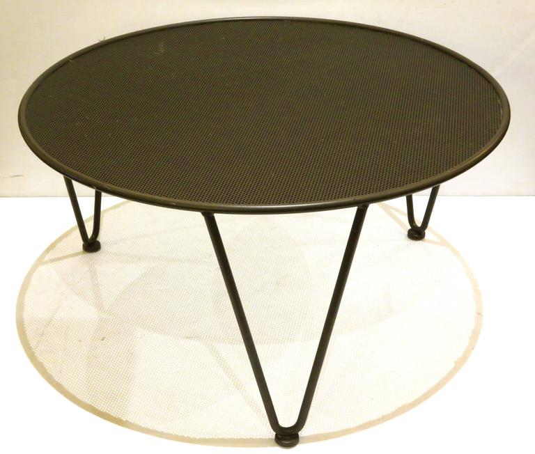 American Mid-Century Modern Atomic Age Small Patio Round