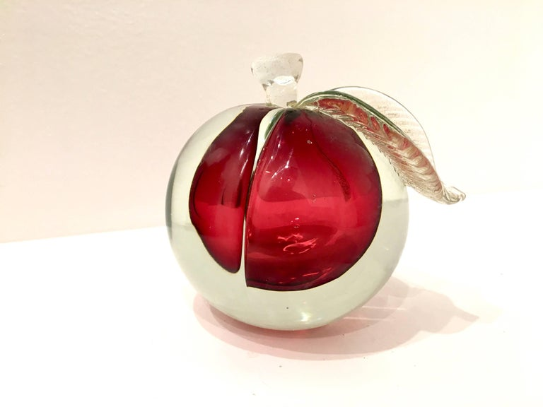Italian Murano Glass Apple by Alfredo Barbini For Sale at 1stdibs