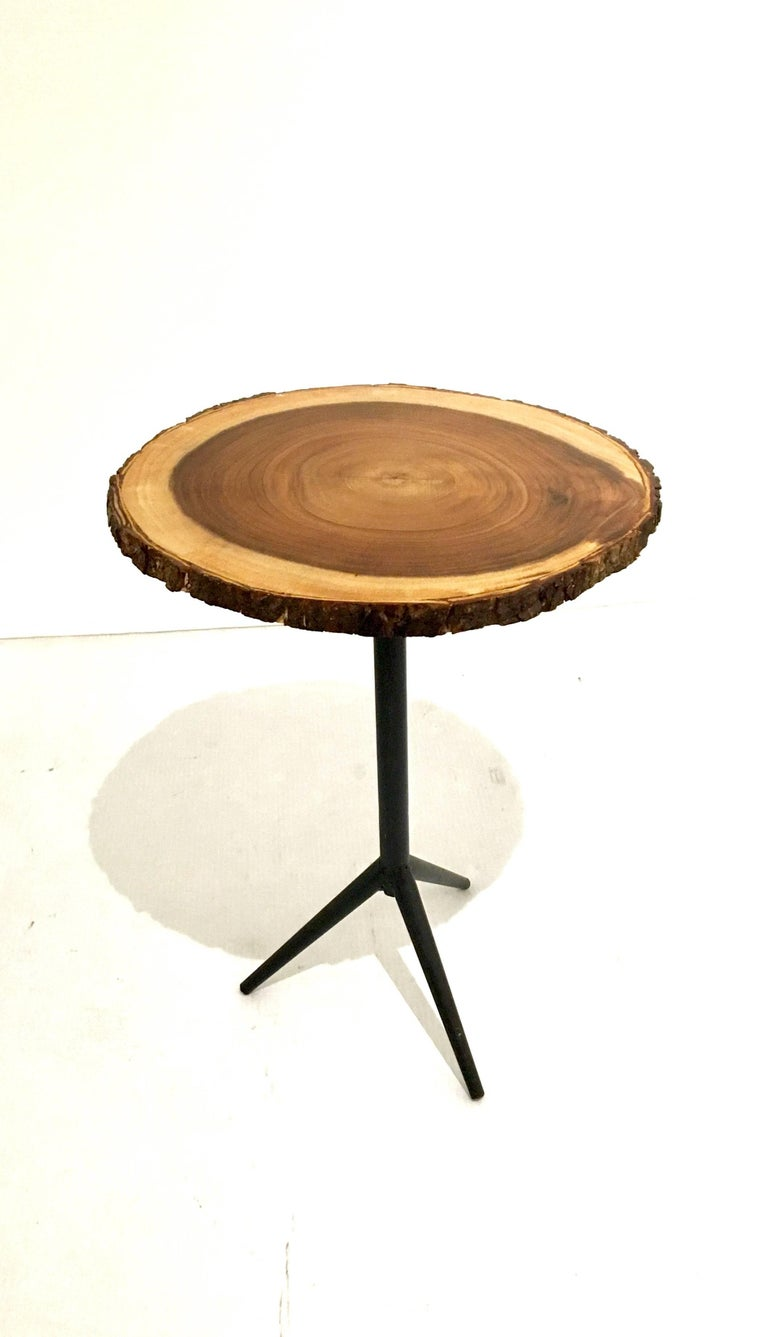 1950s american mid century modern small round top cocktail table at 1stdibs. Black Bedroom Furniture Sets. Home Design Ideas