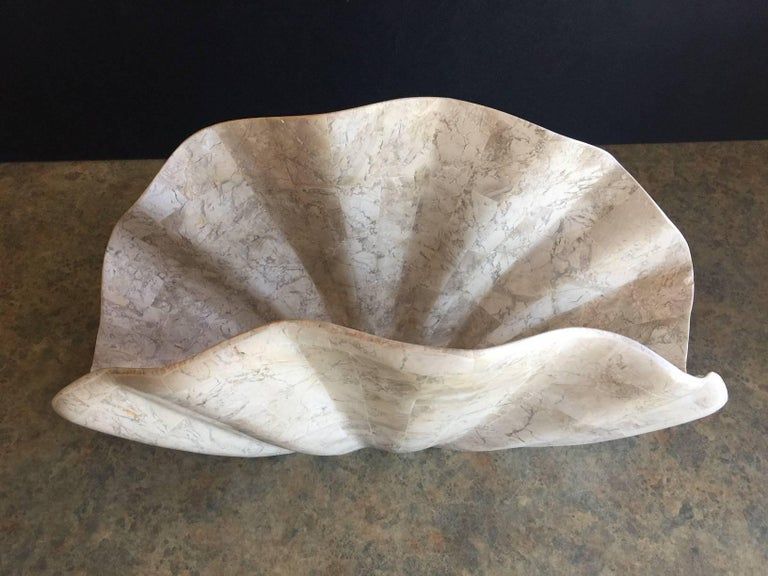 Tessellated Stone Clam Shell Shaped Magazine Rack by Marquis of Beverly Hills In Excellent Condition For Sale In San Diego, CA