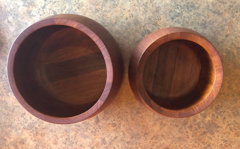 Pair of Staved Teak Serving Bowls by Jens Quistgaard for Dansk In Excellent Condition For Sale In San Diego, CA