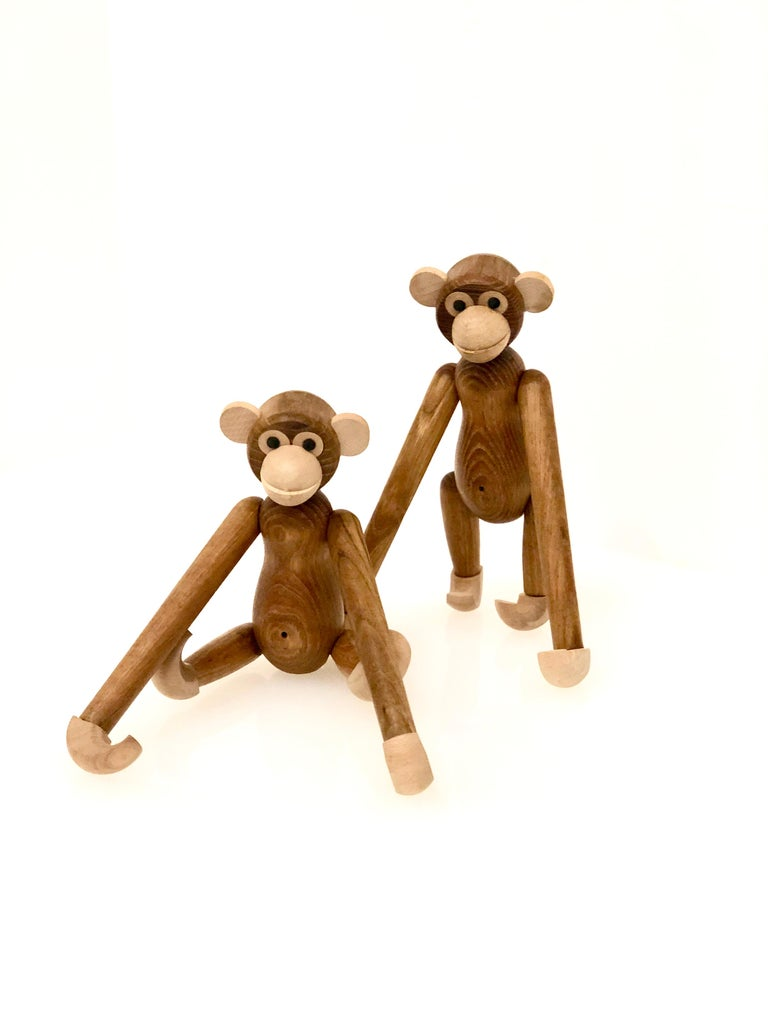 Nice pair and condition of articulated monkeys in the style of Kay Bojesen, the legs arms and head moves all around. Made in Japan.