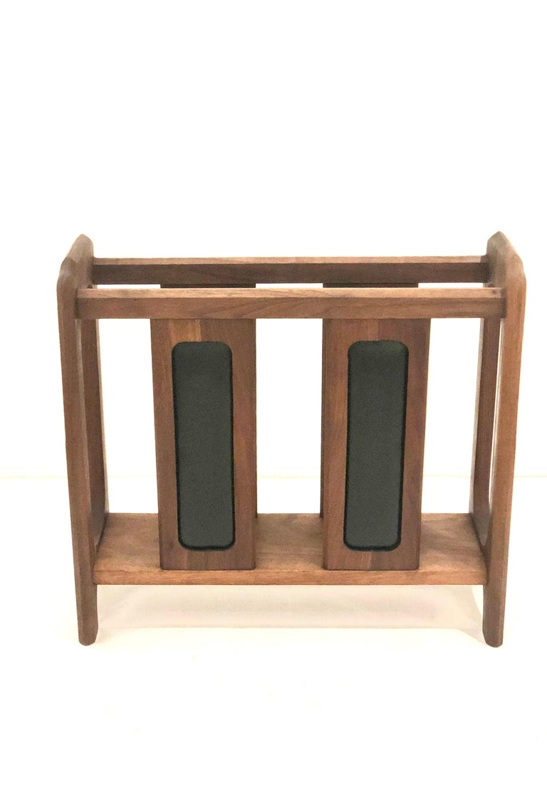 Mid-Century Modern American Midcentury Solid Walnut Magazine Rack in the Style of Umanoff For Sale